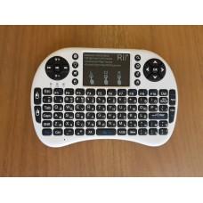 Беспроводная клавиатура c подсветкой Rii mini i8+, белая